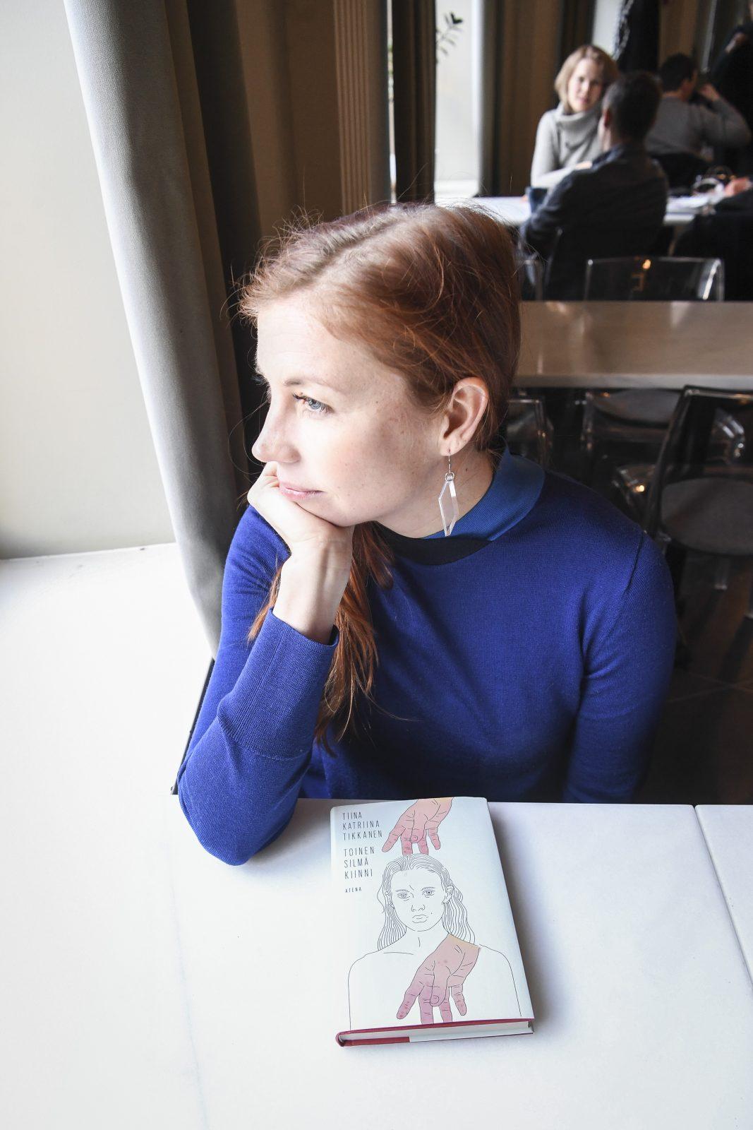 Kirjailija Tiina Katriina Tikkanen. Kuva Comipic/Kimmo Brandt